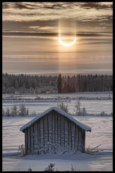 auringonpimennys04012011